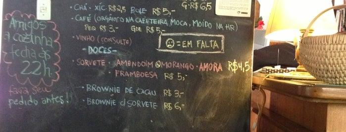Café Bonobo is one of Para comer bem em POA.