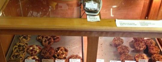 Sweet Lees Rustic Bakery is one of Viagem 2014.