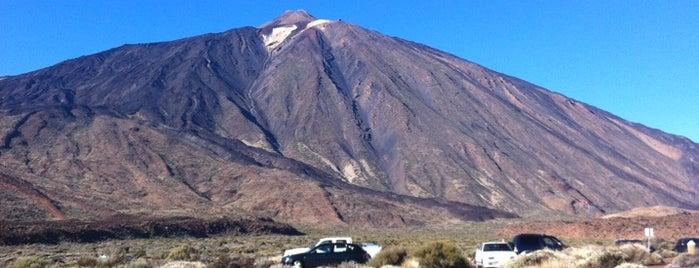 Cañadas del Teide is one of Islas Canarias: Tenerife.