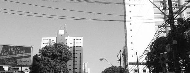 Avenida Santos Dumont is one of Caminho.