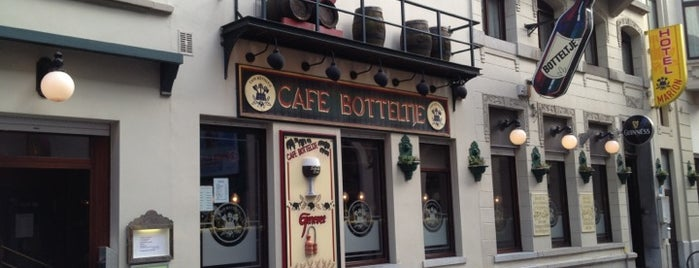 Cafe Botteltje is one of VISITED BARS/PUBS.