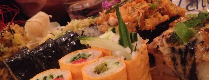 Sushi Momo is one of Soupers MTL.