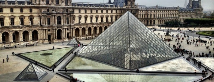 The Louvre is one of Dan's Places.