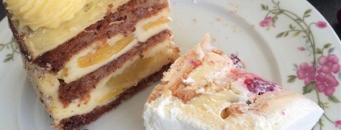 Cukeraj is one of Cakes & Cookies!.