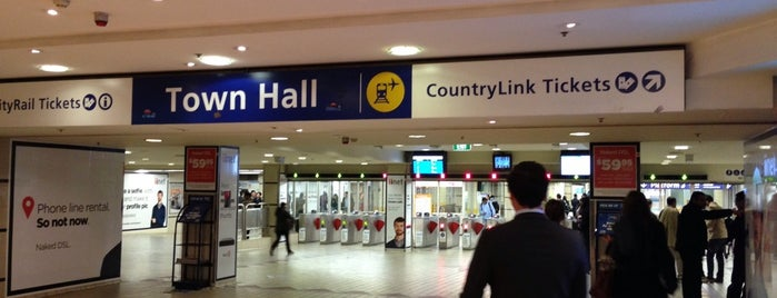 Town Hall Station (Main Concourse) is one of Favourites.