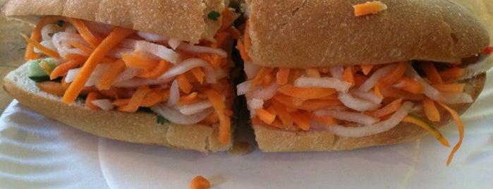Hanco's Bubble Tea & Vietnamese Sandwich is one of Eat it!.