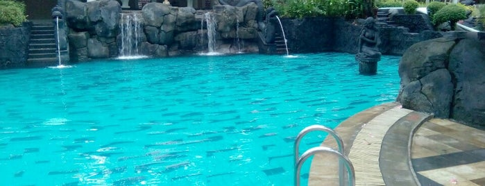 Melia Purosani Swimming Pool is one of Must-visit Great Outdoors in Yogyakarta.