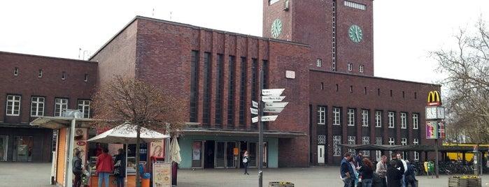 Oberhausen Hauptbahnhof is one of Bahnhöfe Deutschland.