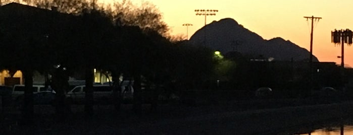 Grand Canal (Central Phoenix) is one of PHX Parks in The Valley.