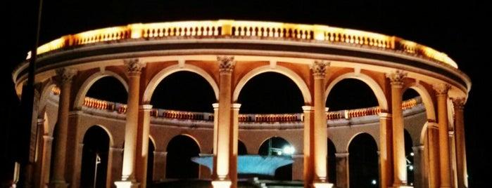Pals favorite places in mumbai