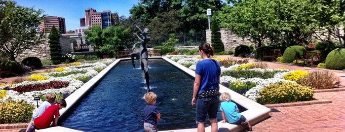 Kauffman Memorial Garden is one of Missouri (MO).