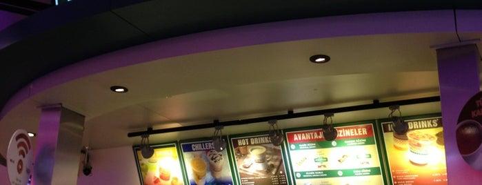 Krispy Kreme is one of yeni yerler.