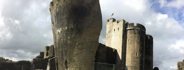 Caerphilly Castle is one of England 1991.
