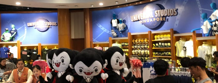 Universal Studios Store is one of Favorite Arts & Entertainment.