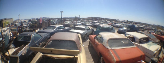 Desert Valley Auto Parts is one of Bucket List Places.