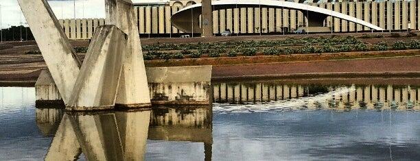 Praça dos Cristais is one of Brasília.