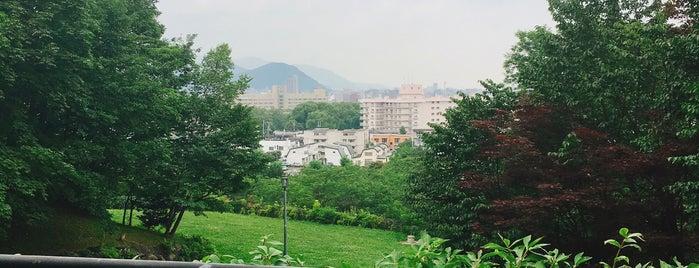 天神山緑地 is one of 楽.