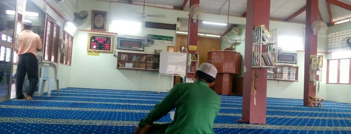 Masjid Kg. Jaya Setia is one of Masjid Dan Surau.