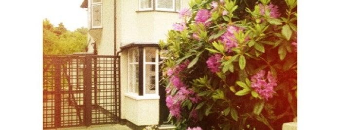 Childhood Home of John Lennon is one of Ireland England Scotland Trip.