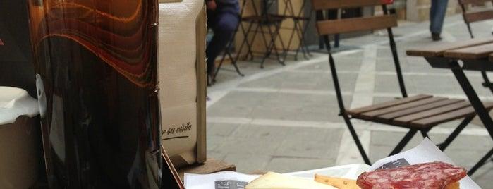 "D'gustar vinos is one of ""Restaurantes"" para probar o repetir."