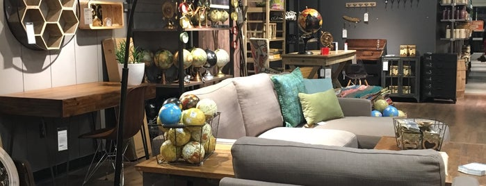 The 11 best furniture and home stores in chelsea new york for Best furniture stores in new york