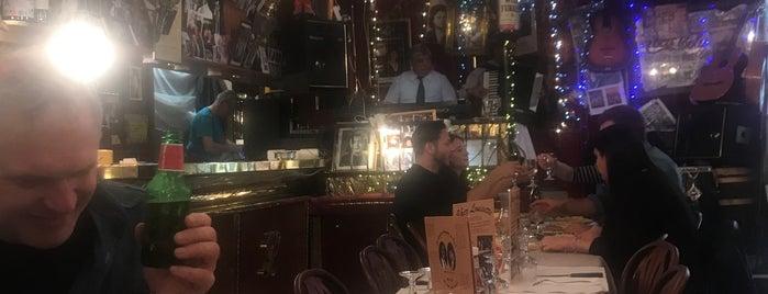 Chez Louisette is one of Paris, je mange.