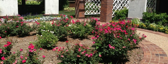 Betty Ford Rose Garden is one of x.