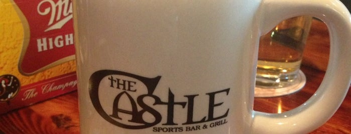 The Castle Bar And Grill is one of places i enjoy.