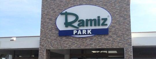 Ramiz Park - Köfteci Ramiz is one of Yemede yanında yat....