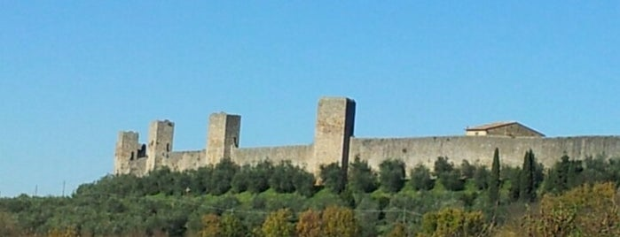 Castello di Monteriggioni is one of Tuscany.