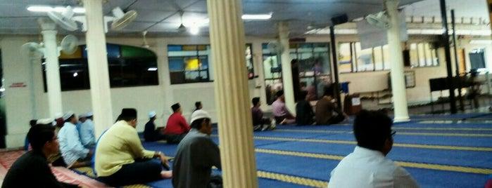 Masjid Nurul Yaqin is one of masjid.