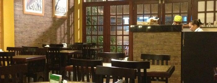 Estação Sabor is one of Brasil: restaurantes bons, bonitos e baratos.