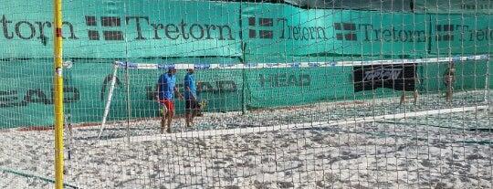Beach Tenis Kapitol is one of Beach volejbal v Praze.