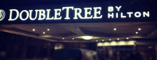 DoubleTree by Hilton Hotel Dallas Near the Galleria is one of Willow Park, Texas Spots.