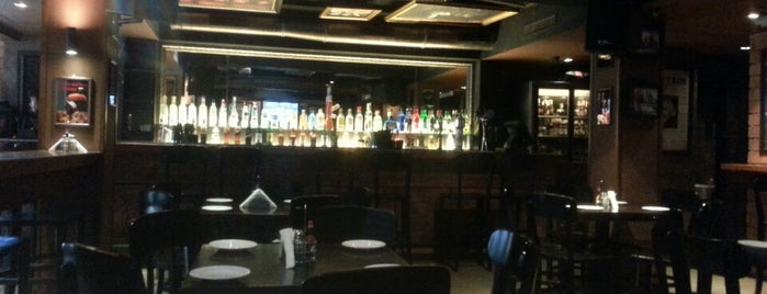 Three Wise Men is one of Must-visit Pubs in Mumbai.