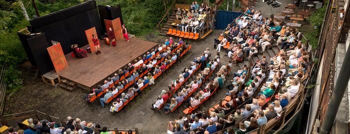 Shakespeare in Gruen GmbH is one of Tipps.