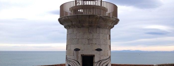 Faro del Caballo is one of Faros.