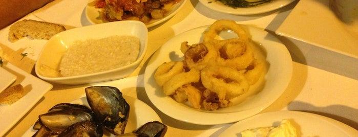 Cunda Körfez Restaurant is one of Yeme & İçme.