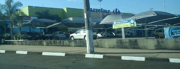 Carrefour Bairro is one of Lugares Diversos.