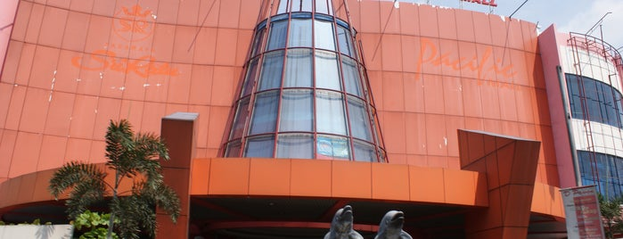 Pacific Mall is one of Top 10 favorites places in Pekalongan, Indonesia.