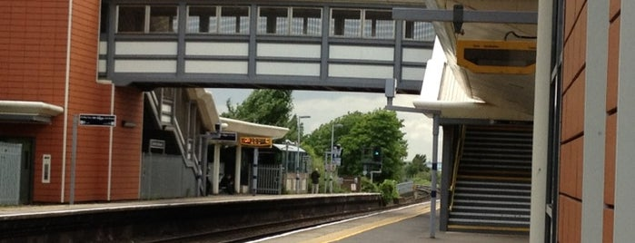 Greenhithe Railway Station (GNH) is one of Train stations.