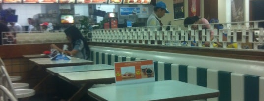 McDonald's is one of Comer na Madruga em SP.