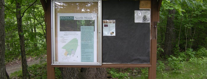 Kiosk at North Woods Red Trail is one of Sustainable Skidmore.