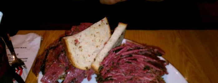Carnegie Deli is one of Favorite Food.