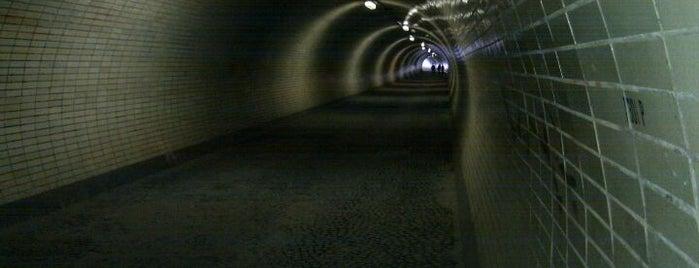 Žižkovský tunel is one of Žižkovský průvodce Restaurace Záležitost.