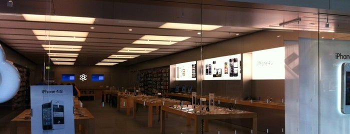Apple Lakeside is one of All Apple Stores in Europe.