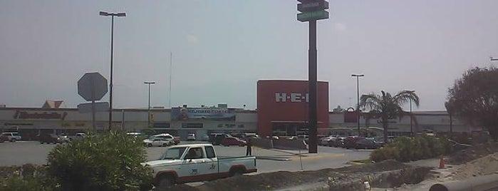Multiplaza is one of Centros Comerciales en Monterrey México.
