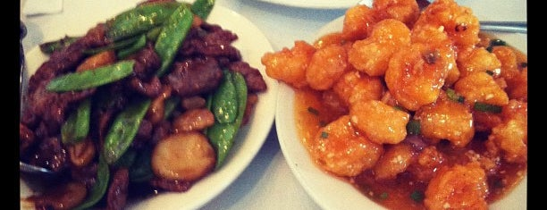 Yang Chow Restaurant is one of EATS! -_-.