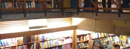 Livraria da Vila is one of Vila Madalena/Pinheiros Rocks.