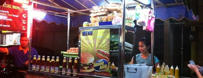 Abang & Adik Burger is one of Cheapo Zee 💸.